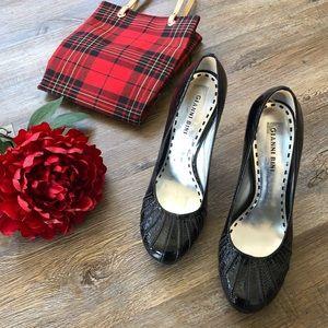 Gianni Bini Black dress heels